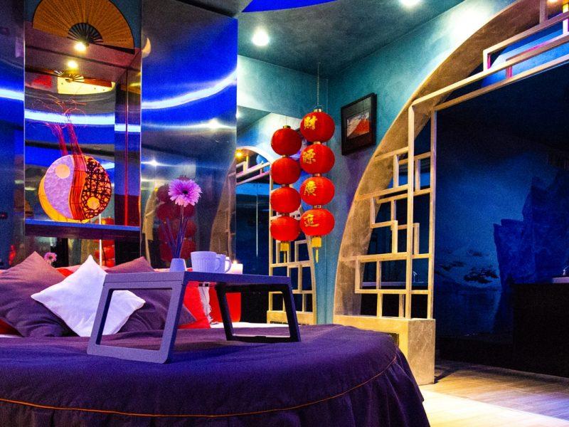 Stanza Tsuri Silk Motel